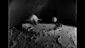 Frame Tubiolo e la Luna